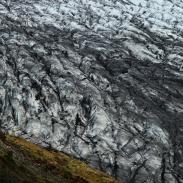 Der zerklüftete Eisstrom des Skaftafjelljökull