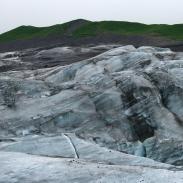 Der Svinafjellsjökull gestaltet ästethetische Landschaftsbilder