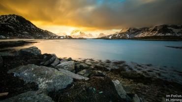 Sonnenaufgang am Selfjorden